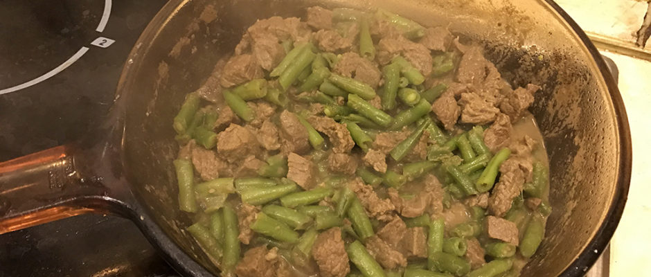 Beef stew with green beans