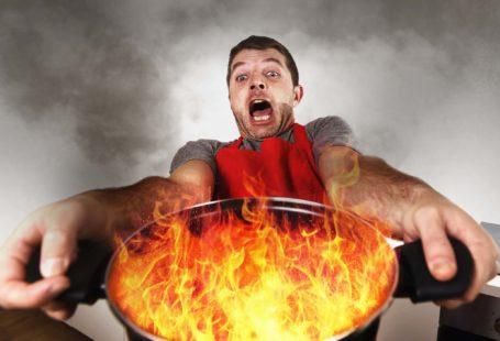 fire-cooking-disaster-ocusfocus-thinkstockphotos